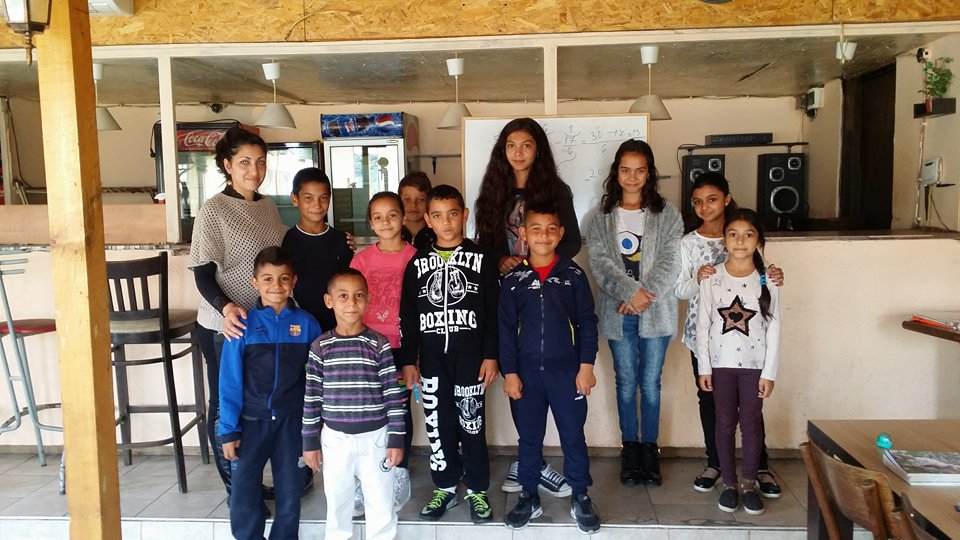 136 – After school projects with teaching and homework help for Roma